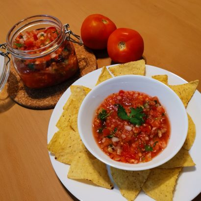 simple salsa dip