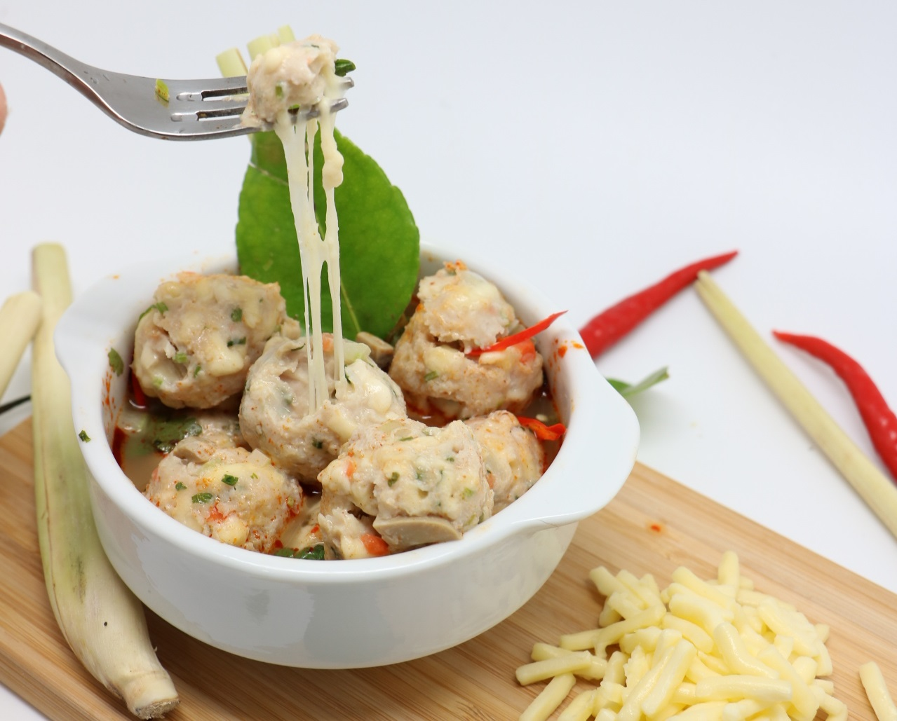 Tom Yum Oden With Mozz Stuffed Chicken Meatball