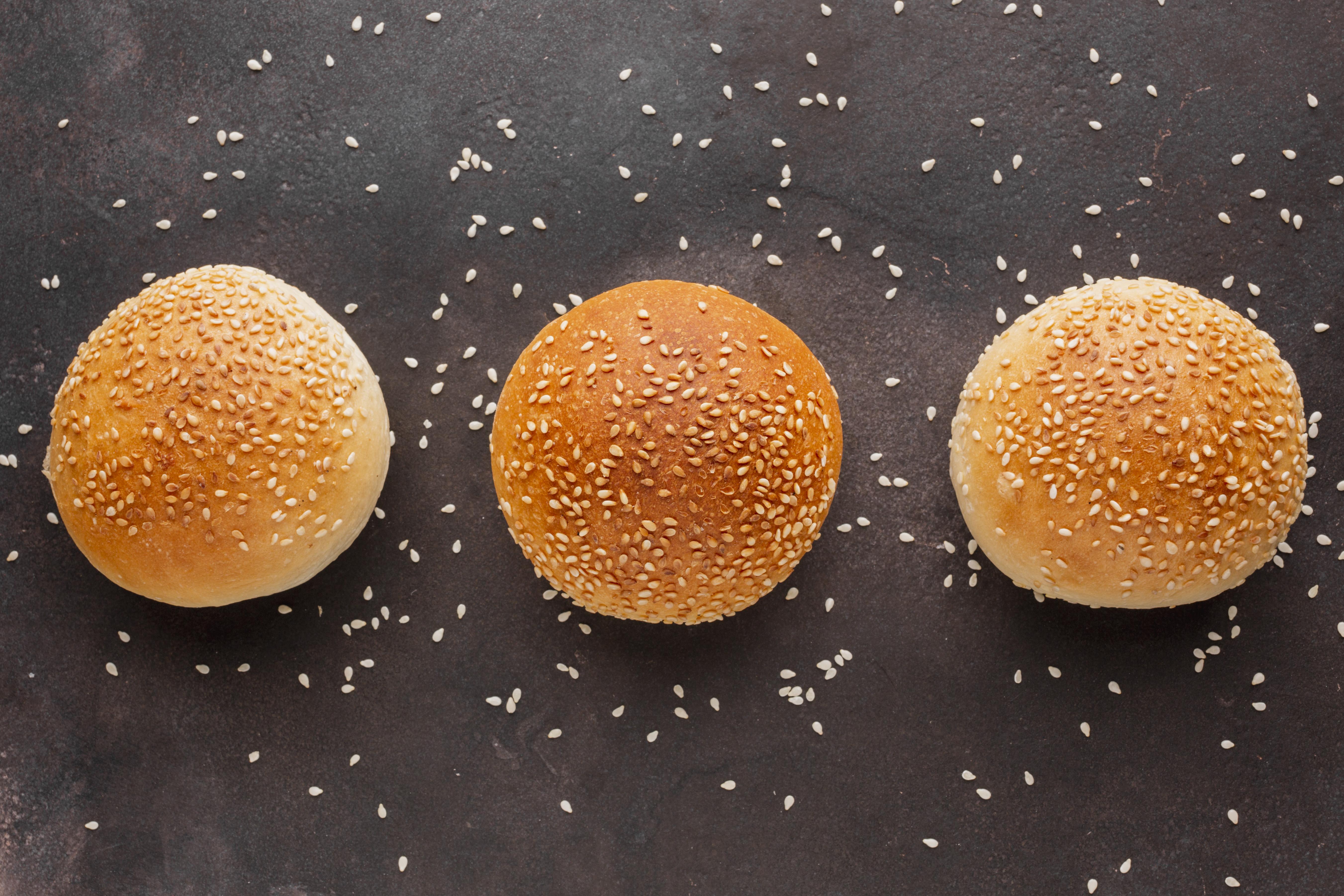 Sesame sweet bun