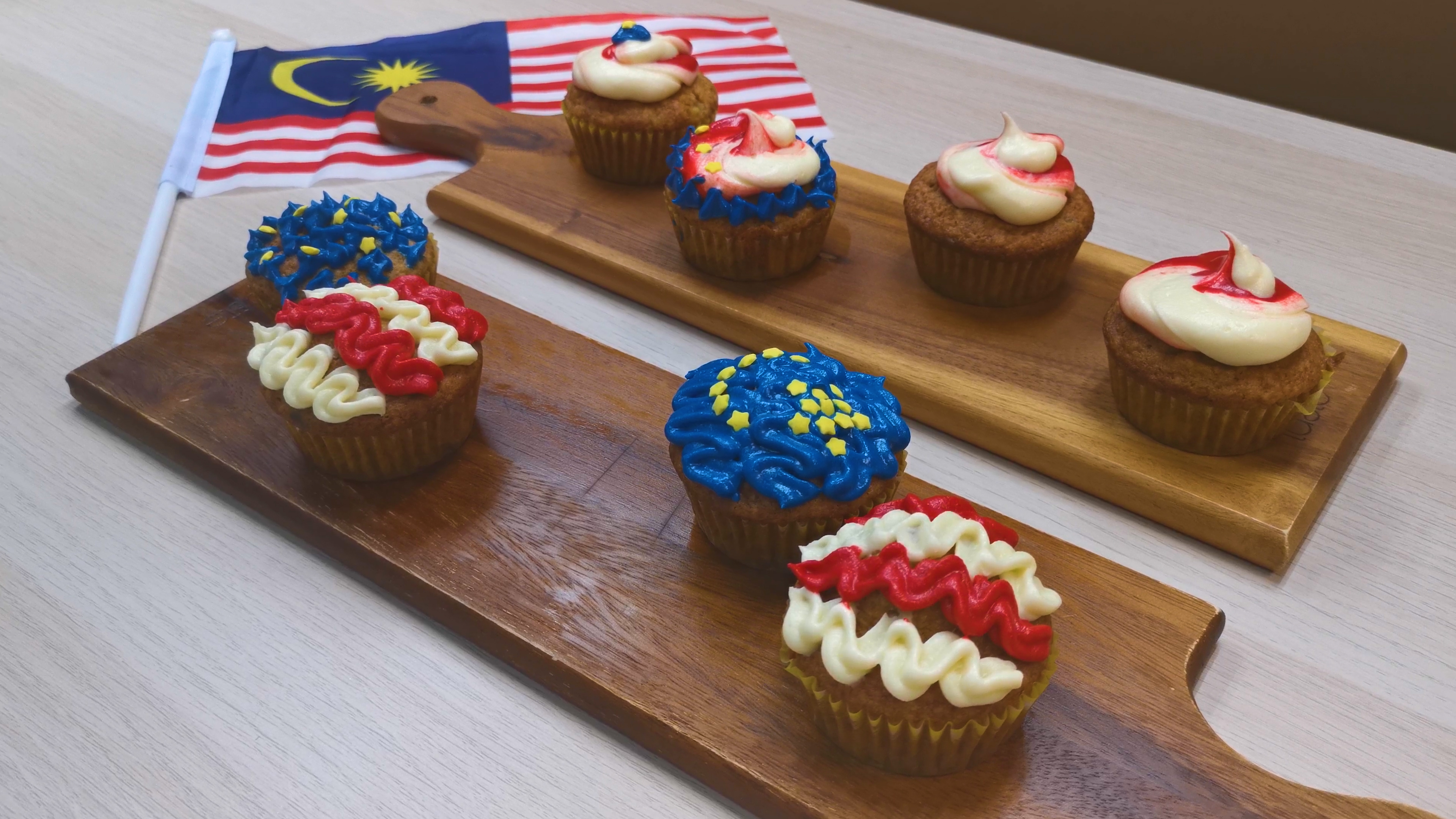 Hari Merdeka Cupcakes