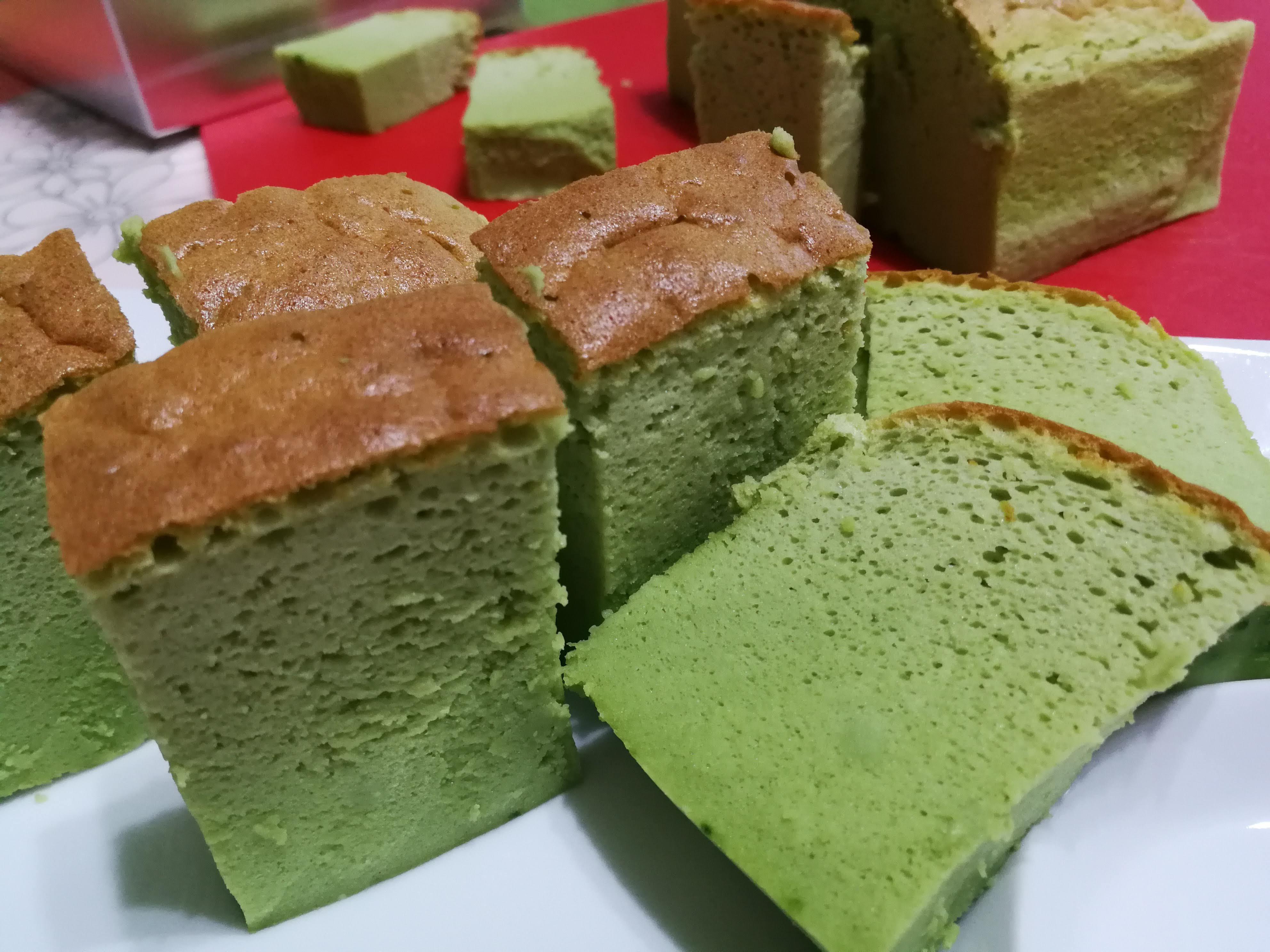 matcha green tea sponge cheesecake