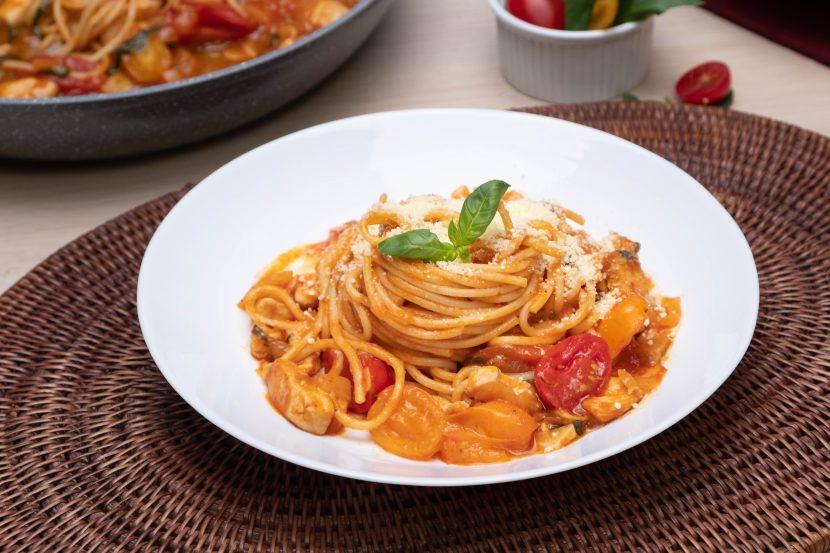 Basil Tomato Chicken Pasta