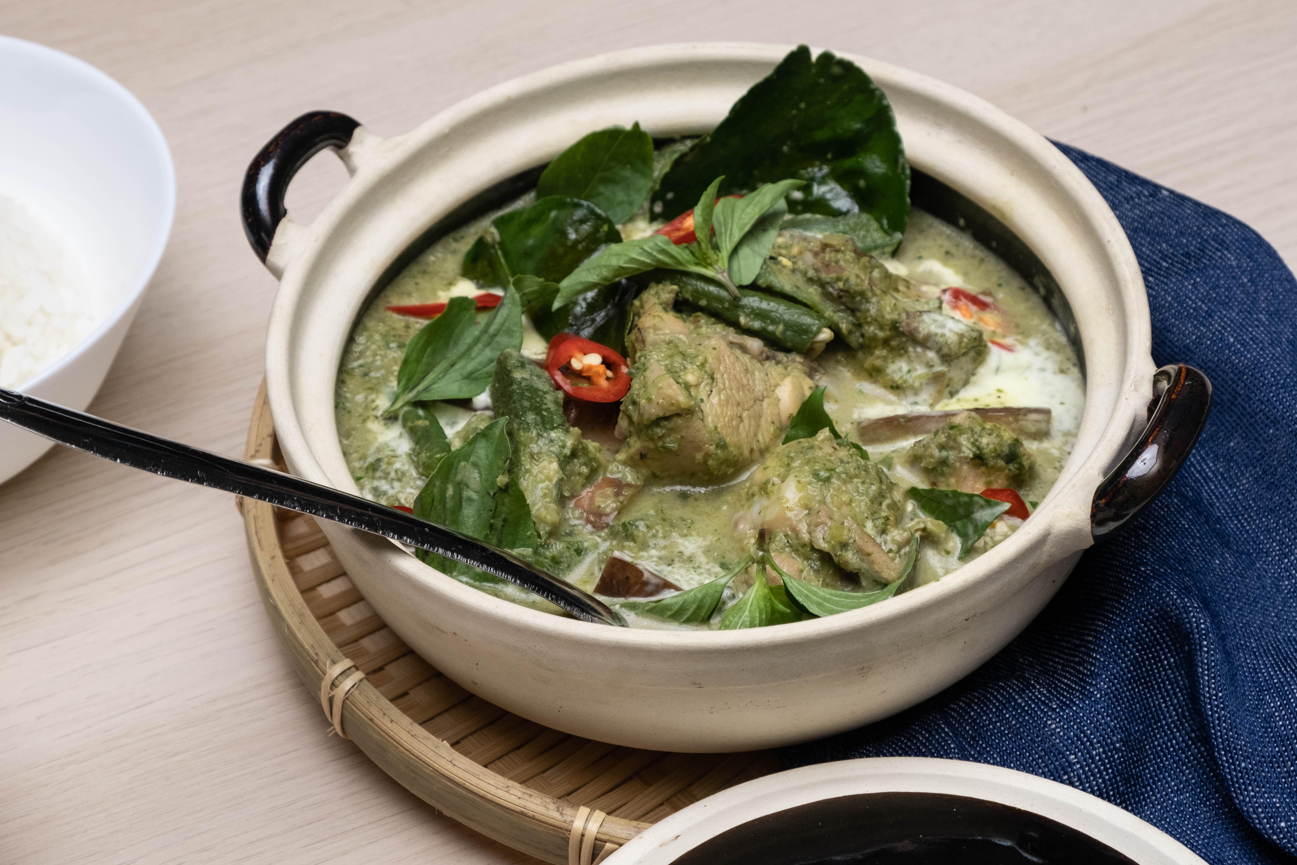 300x200-Thai-Green-Curry-Chicken