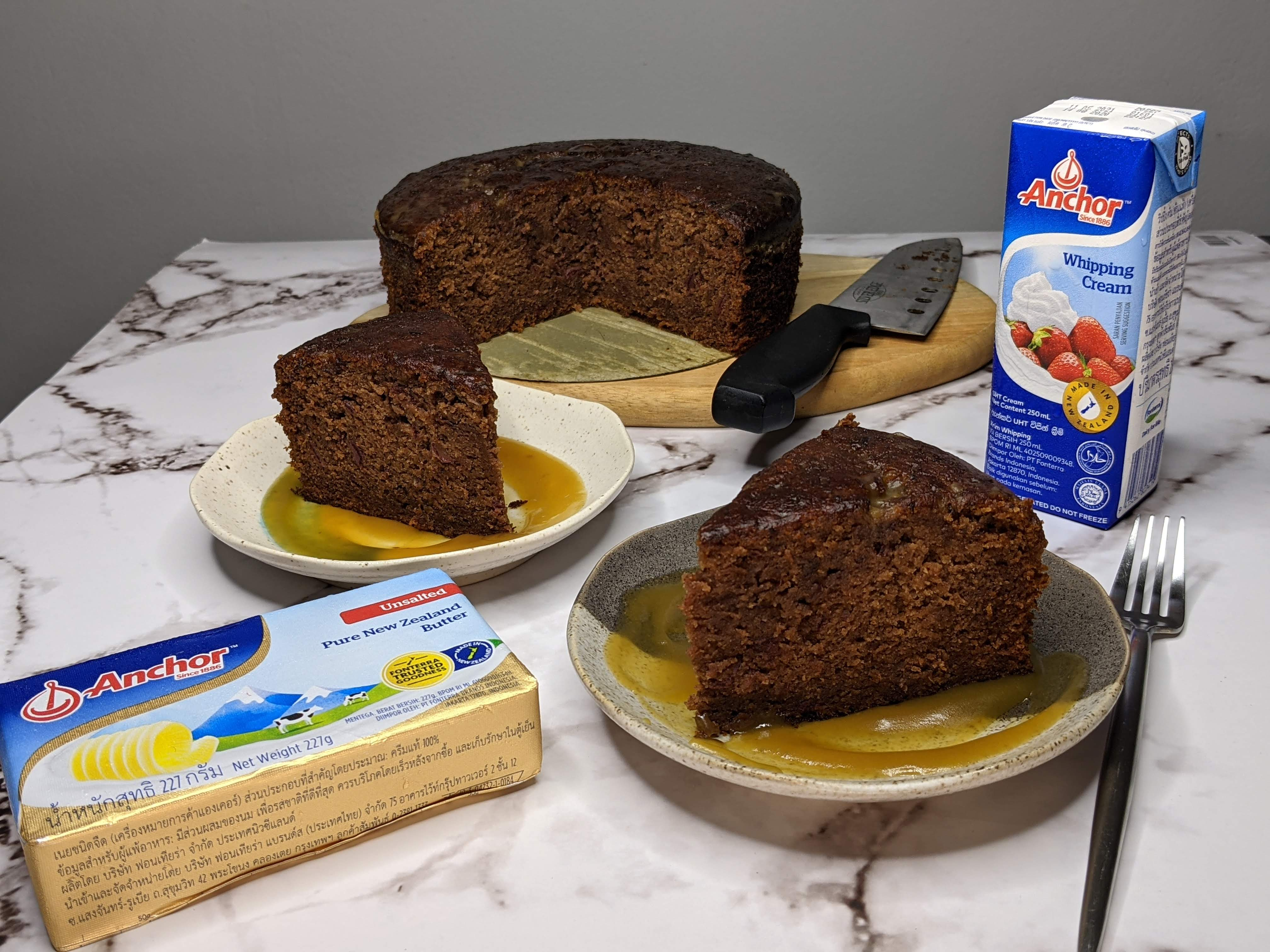 sticky-date-toffee-pudding-anchor-dairy