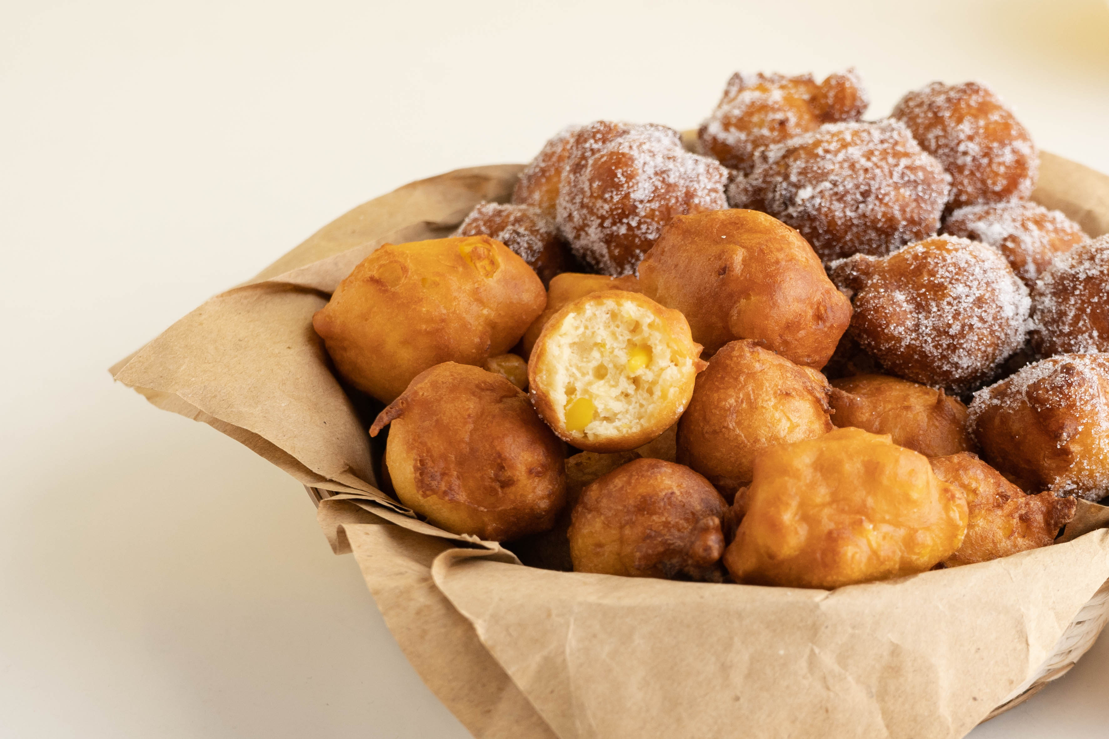 840x560-Corn-Doughnut-Balls