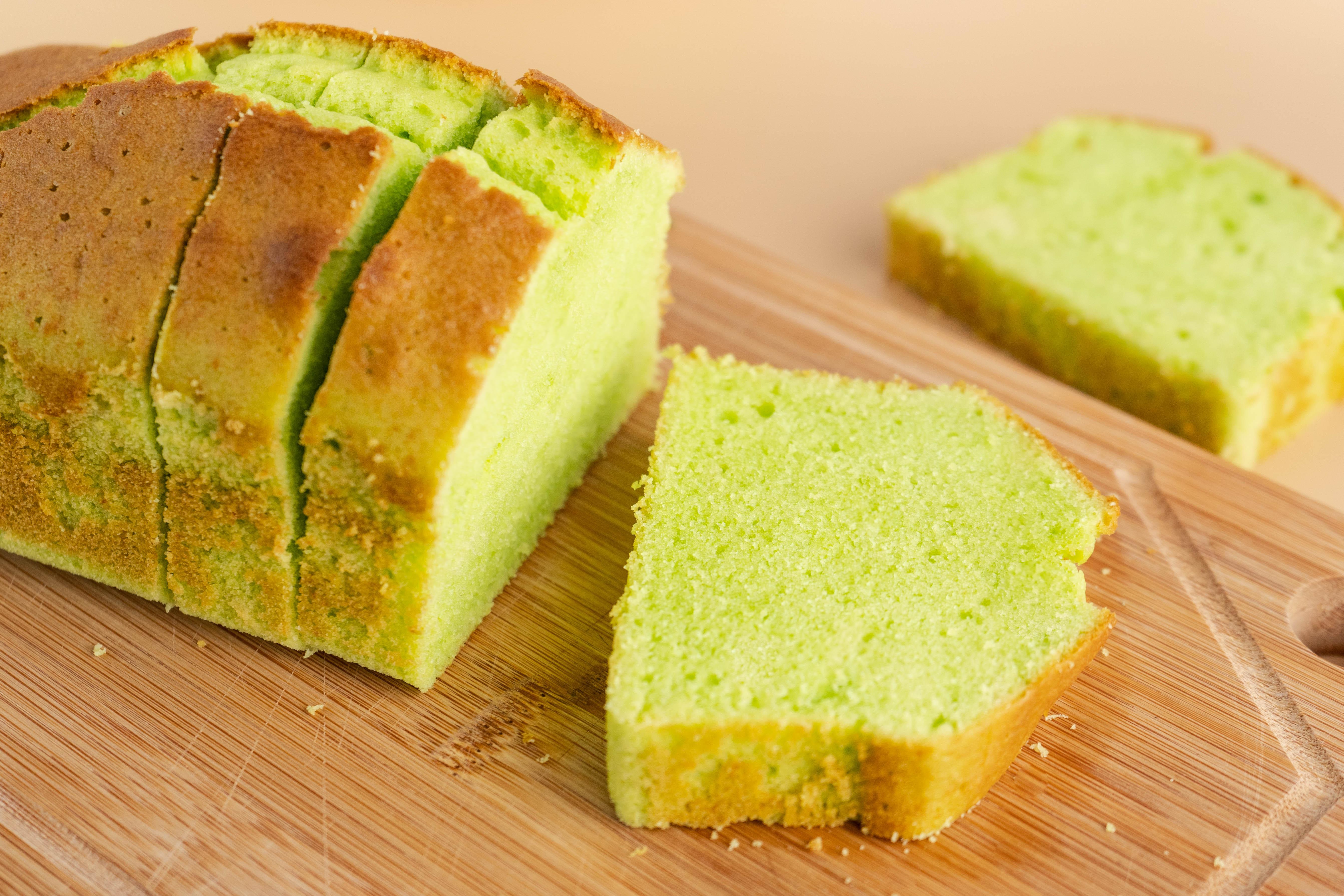 840x560-Pandan-Butter-Cake