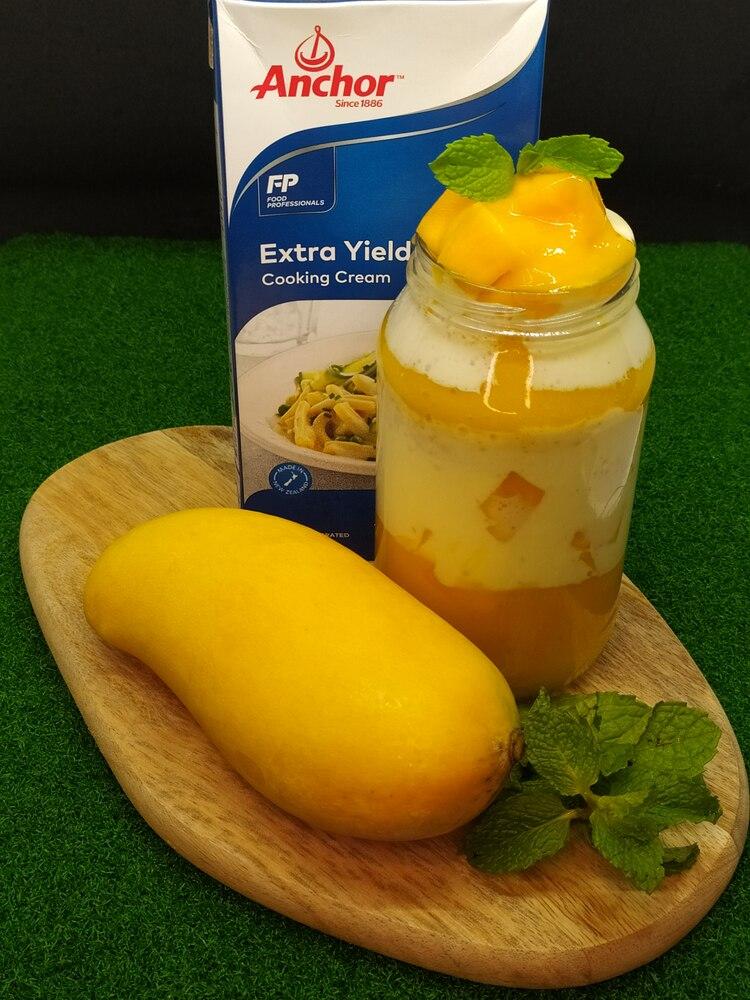 Chill Mango with Creams